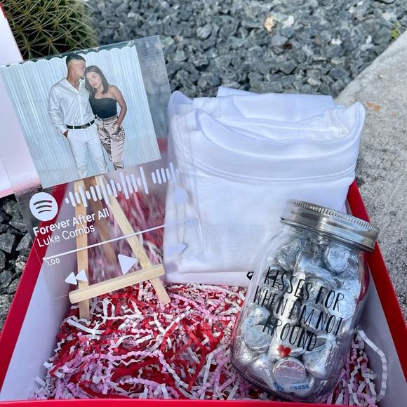 Couples gift box